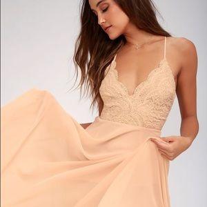Lulu's Madalyn blush maxi dress